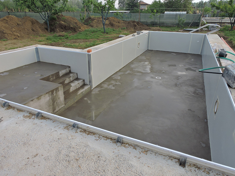 I permessi necessari per costruire una piscina irriflor - Costo di una piscina interrata ...
