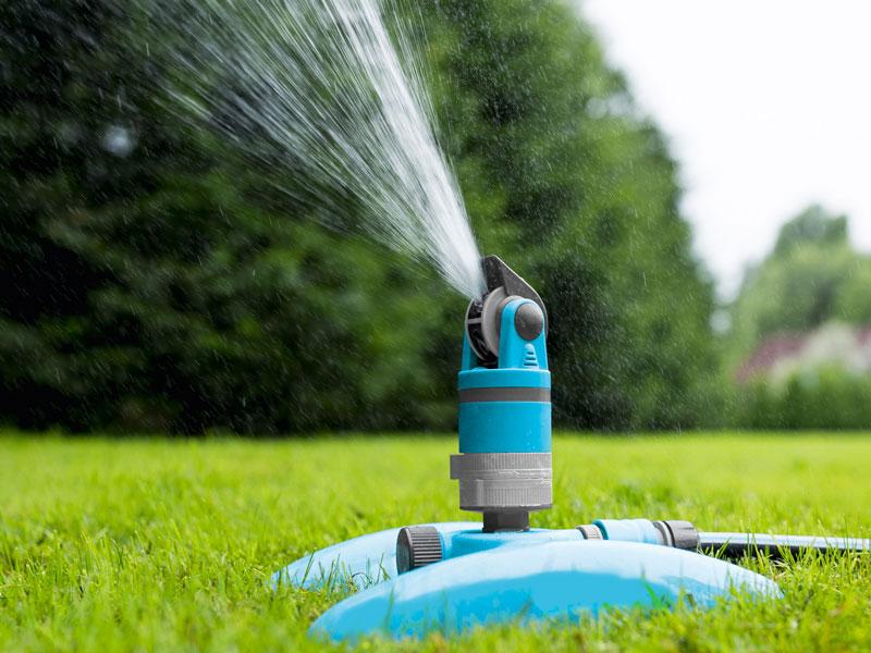 Impianto di irrigazione fuoriterra a varese irriflor for Irrigatori automatici per giardino