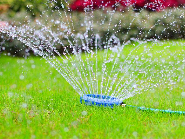 Irrigatori da giardino fuori terra casamia idea di immagine for Irrigatori fuori terra